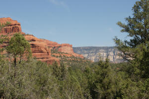 'Deadman's Pass' from the web at 'http://www.sedonahikingtrails.com/images/boynton-canyon/0817-deadmans-pass_small.jpg'
